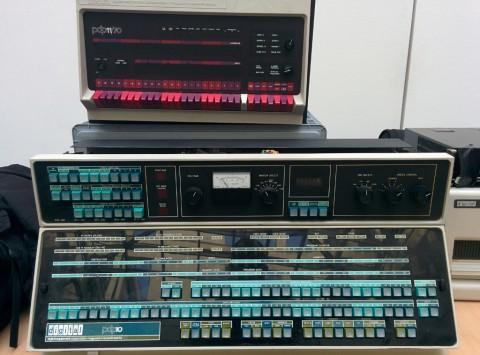 Poppiges Design - Bedienpanels von PDP10 und PDP11/70