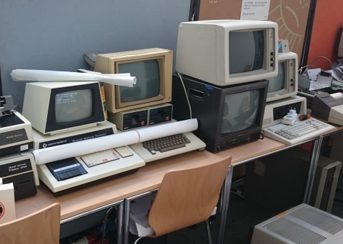 Meilensteine: Commodore PET 2001, Apple ][, IBM XT