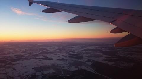 Winterlandschaft und Sonnenuntergang
