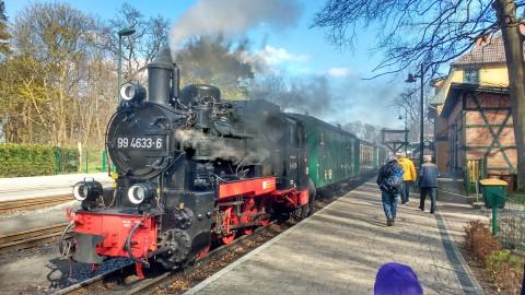 Der Rasende Roland im Bahnhof Göhren