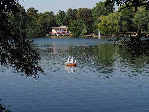 Modellboot auf dem Weissensee