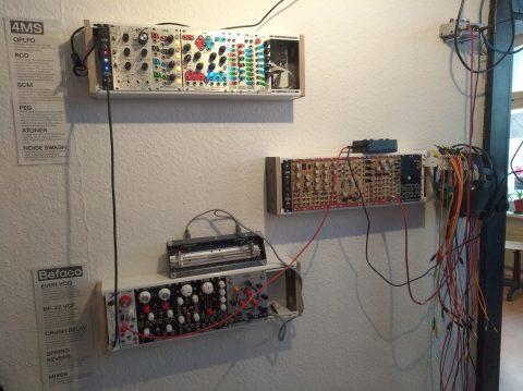 Einrichtungstipp: Modulare Wandsynthesizer