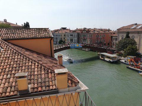 Blick auf die Ponte dell'Accademia