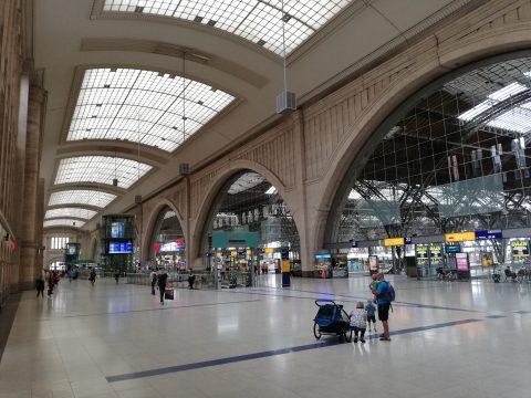 Leipziger Hauptbahnhof - Halle