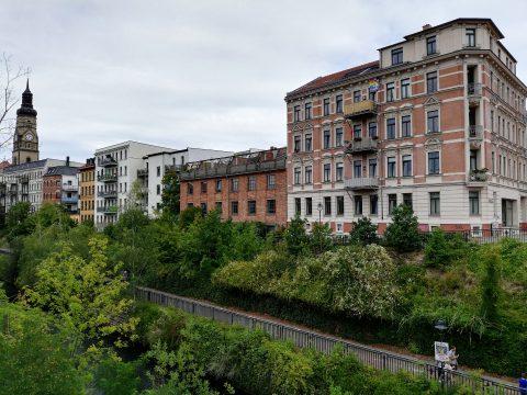 Lindenau - schöne Wohngebäude und Cafés